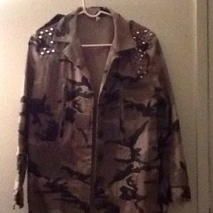 Woman's Camouflaged Jacket with studs